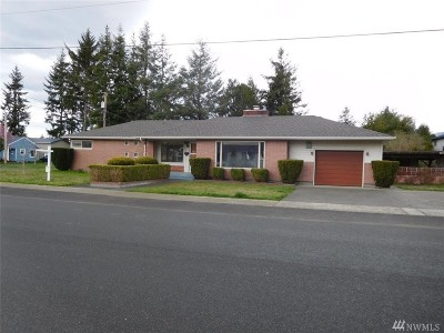 Sedro Woolley Single Family Home Pending Inspection: 615 Dean Dr