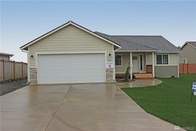 Elma Single Family Home For Sale: 69 McDonald Creek Lane