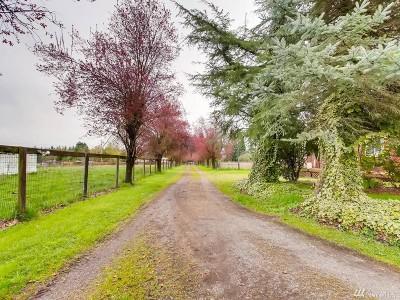 Enumclaw Single Family Home For Sale: 42615 Auburn-Enumclaw Rd SE