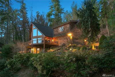 Issaquah Single Family Home For Sale: 24718 SE Mirrormont Dr