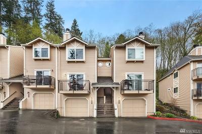 Woodinville Condo/Townhouse For Sale: 12737 NE 170th Lane
