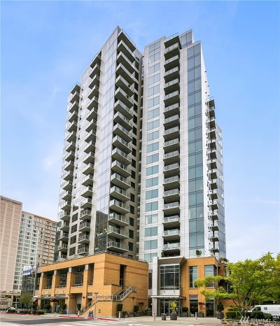 Condo/Townhouse Sold: 10610 NE 9th Place #2002