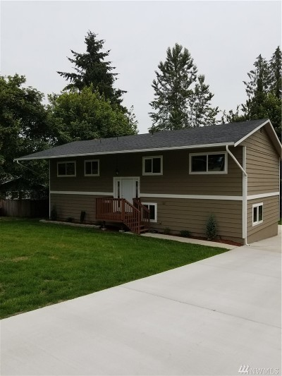 Puyallup Single Family Home For Sale: 10217 75th Ave E