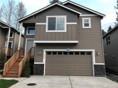 Lynnwood Condo/Townhouse For Sale: 1920 SW 148th Place