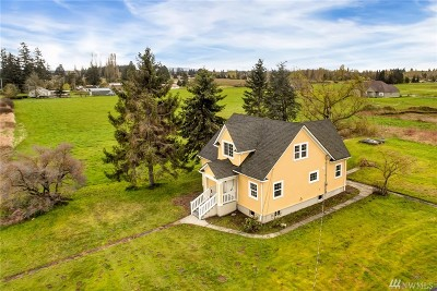 Lynden Single Family Home Contingent: 115 Meridian Meadows Lane