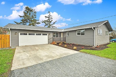 Oak Harbor Single Family Home For Sale: 160 W Whidbey