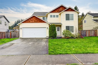Pierce County Single Family Home For Sale: 235 Easton Ave W