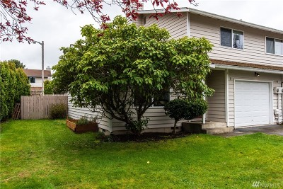 Everett Condo/Townhouse For Sale: 6310 Cady Rd #B