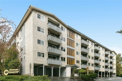 Seattle Condo/Townhouse For Sale: 3711 26th Place W #401