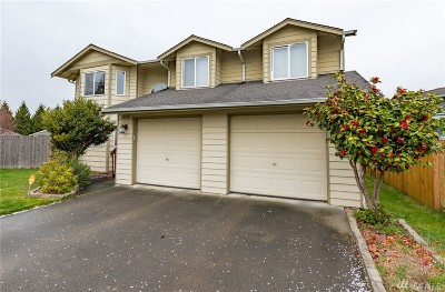 Marysville Condo/Townhouse For Sale: 2813 179th Place NE