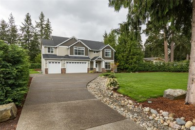 Lake Tapps Single Family Home For Sale: 18220 Driftwood Dr E