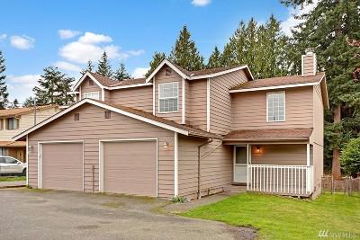 Everett Multi Family Home For Sale: 5826 East Dr