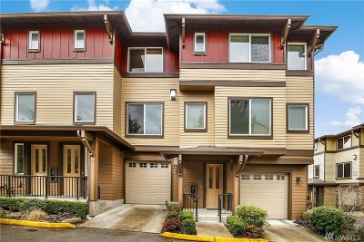 Bothell Condo/Townhouse For Sale: 2115 201st Place SE #E6