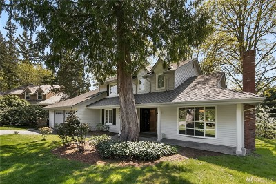 Sammamish Single Family Home For Sale: 20525 NE 37th Wy