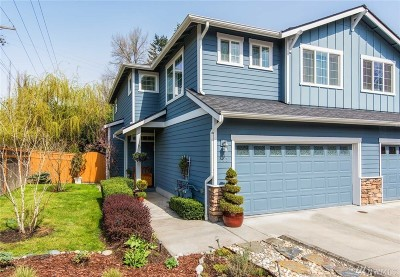 Bothell Condo/Townhouse For Sale: 903 225th Place SE