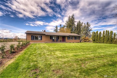 Enumclaw Single Family Home For Sale: 40527 264th Ave SE