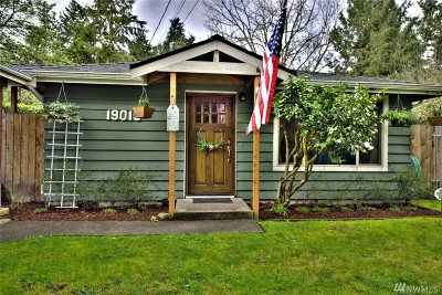 Kenmore Single Family Home For Sale: 19013 73rd Ave NE