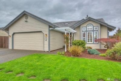 Enumclaw Single Family Home For Sale: 579 Farrelly St