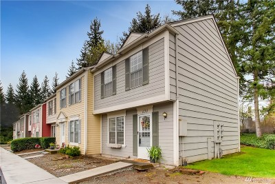 Kent WA Condo/Townhouse For Sale: $210,000