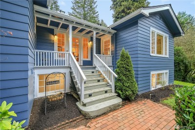 Lake Forest Park Single Family Home For Sale: 18220 Ballinger Wy NE