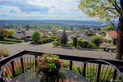 Bellevue Single Family Home For Sale: 4416 Somerset Dr SE