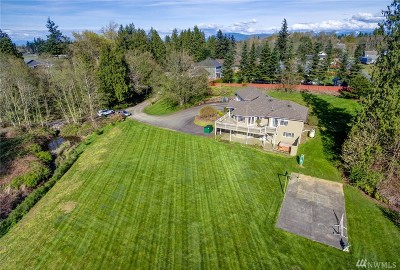 Bellingham Single Family Home For Sale: 157 Hilltop Lane