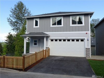 Burien Single Family Home For Sale: 2728 S 120th Place