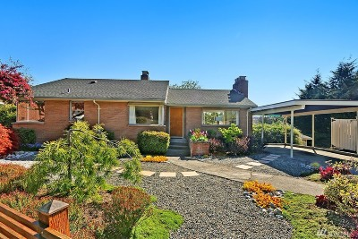 Seattle Single Family Home For Sale: 2654 Bishop Place W