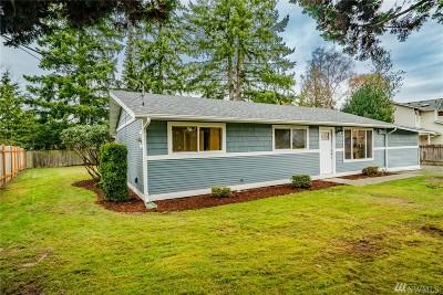 Everett Single Family Home For Sale: 903 Center Rd