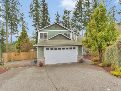 Lynnwood Single Family Home For Sale: 19514 13th Ave W