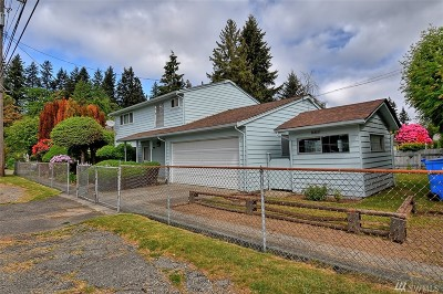 Shoreline Single Family Home For Sale: 16301 Wallingford Ave N