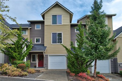 Issaquah Single Family Home For Sale: 2068 NW Boulder Way Dr