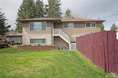 Tukwila Single Family Home For Sale: 15617 47 Ave S