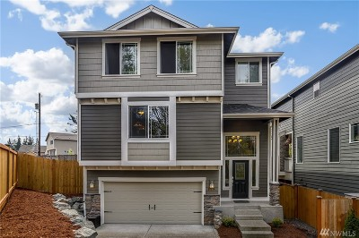 Lynnwood Single Family Home For Sale: 20814 2nd Ave W