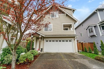 Everett Single Family Home For Sale: 11807 13th Place W