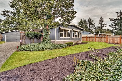 Bonney Lake Single Family Home For Sale: 13513 E Ridgewood Dr