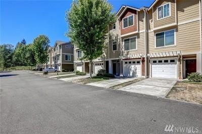 Tacoma WA Condo/Townhouse For Sale: $215,500