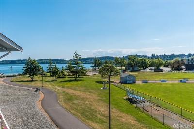 Oak Harbor WA Condo/Townhouse For Sale: $235,000