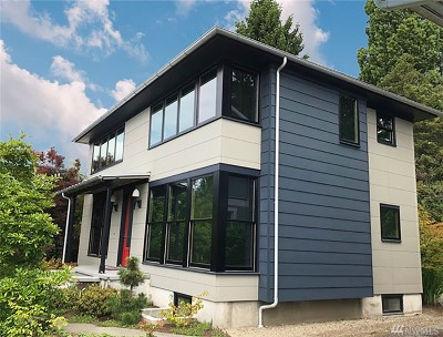 Seattle Single Family Home For Sale: 930 Broadway Ave E