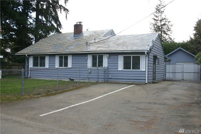 Burien Single Family Home For Sale: 12439 9th Ave S