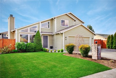 Enumclaw Single Family Home For Sale: 304 Bangert Place