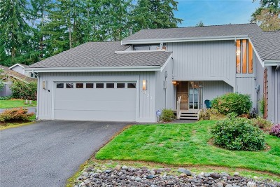 Bellevue Condo/Townhouse For Sale: 1431 170th Place NE