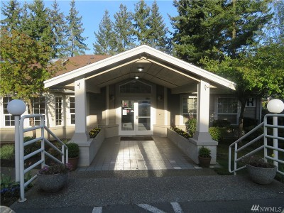 Everett Condo/Townhouse For Sale: 215 100th St SW #B102