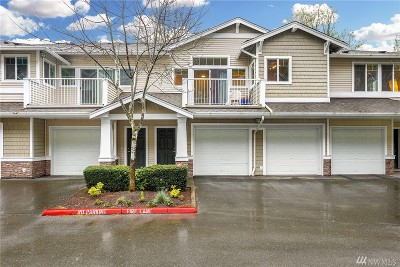 SeaTac Condo/Townhouse For Sale: 21430 40th Place S #E