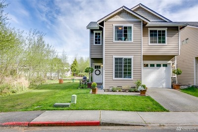 Single Family Home For Sale: 1579 Fontaine Wy