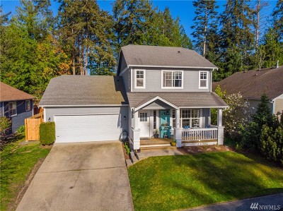 Anacortes Single Family Home For Sale: 4721 Cypress Dr