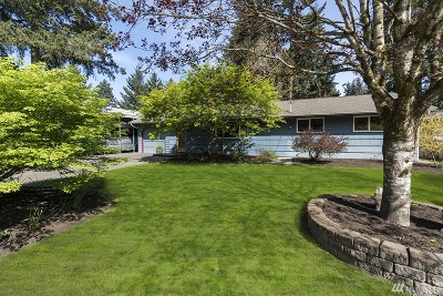 Kirkland Single Family Home For Sale: 10206 NE 136th Place