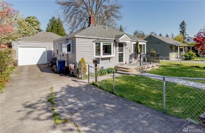 Seattle Single Family Home For Sale: 4732 50th Ave SW