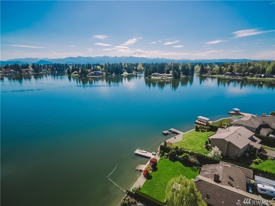 Lake Tapps Single Family Home For Sale: 3307 204th Avenue Ct East