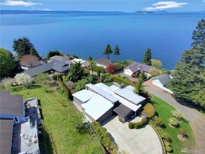 Everett Single Family Home For Sale: 1210 Madrona Ave